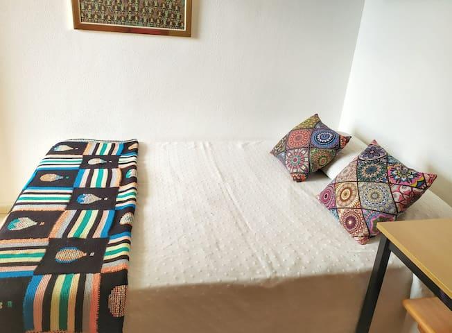 Cofortable cama de 135 cm