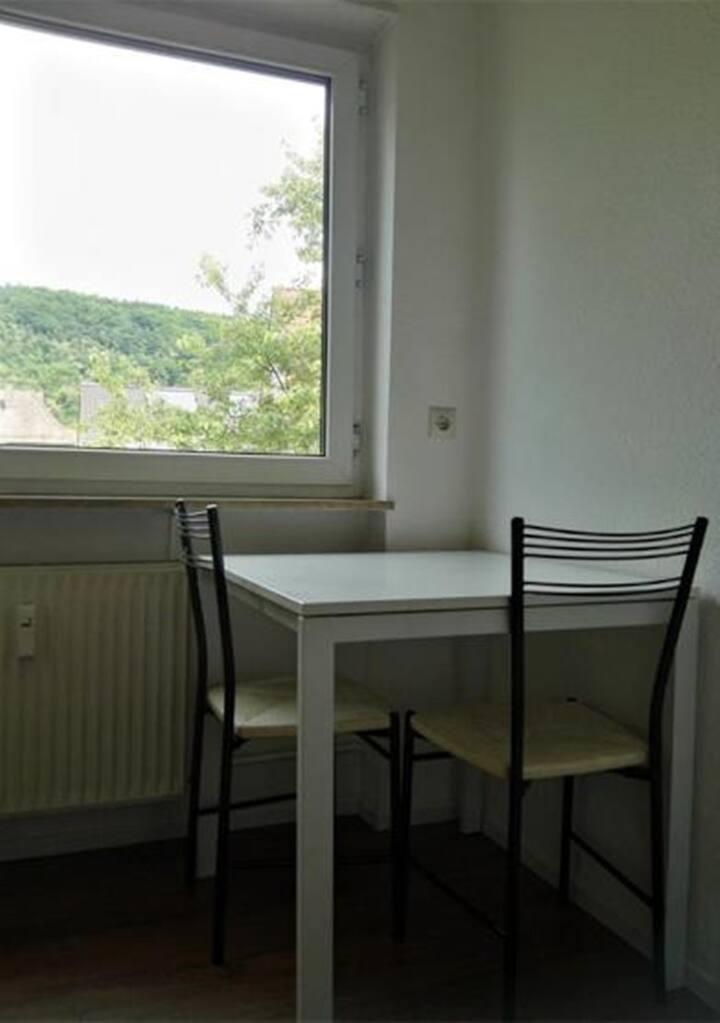 Gemütliche Wohnung in Zentrums 2居室市中心