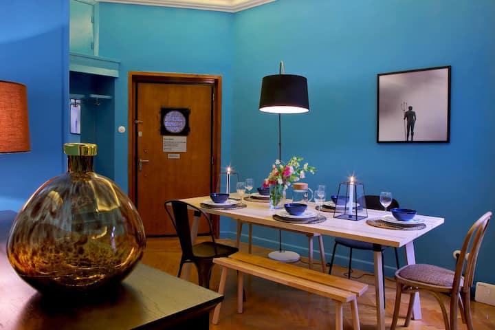 Bauhaus apart.140sq. at the Blue Building