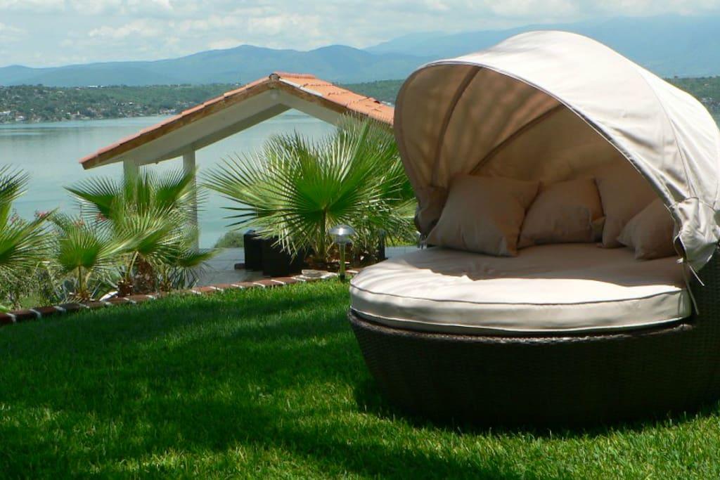 jardines con sillones ideales para descansar.