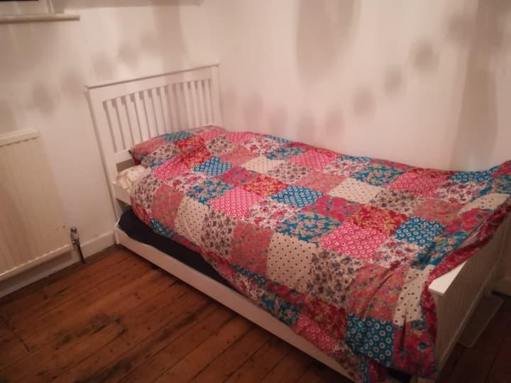 Querky room(s) in Farnham