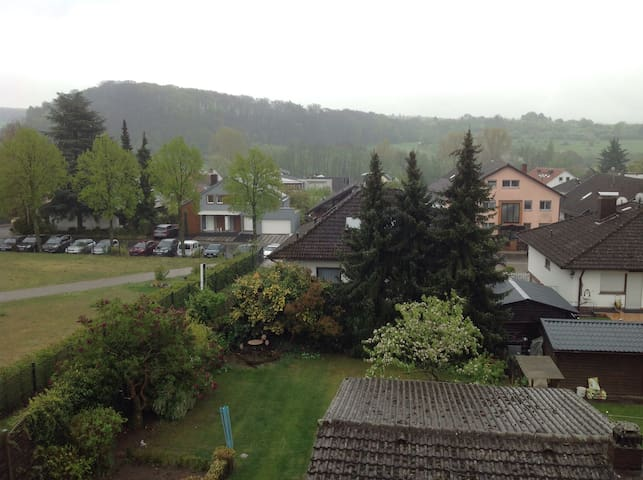 Ruhige, stadtnahe Wohnung im Grünen - Mühltal - Leilighet
