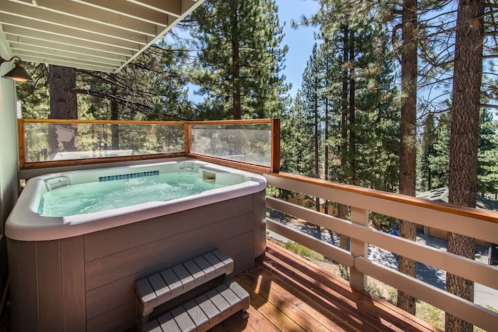 A hot tub on a cold night among the trees? Yes, please.