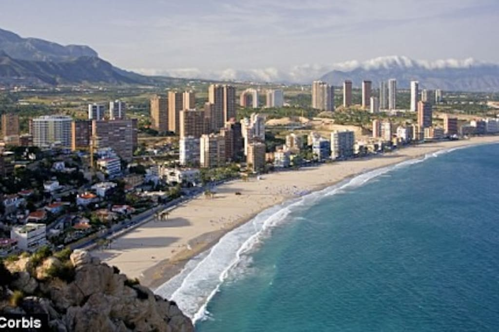 Mirador del mediterraneo apartments for rent in benidorm for Mirador del mediterraneo