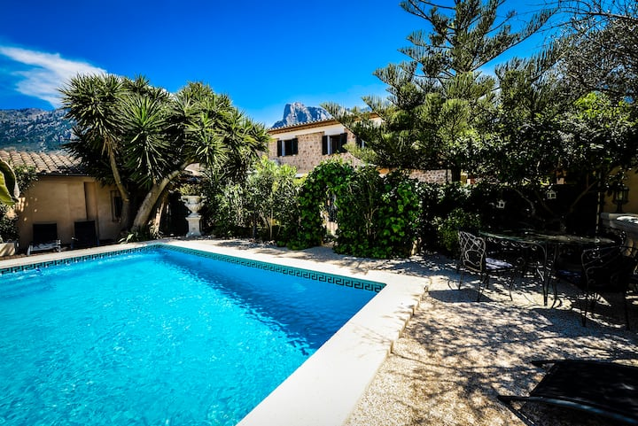 Quality Finca Walking Distance to Soller Town Sq.