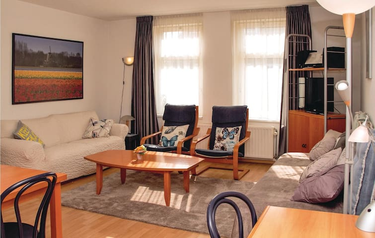 Holiday apartment with 1 bedroom on 45 m² in Kortgene