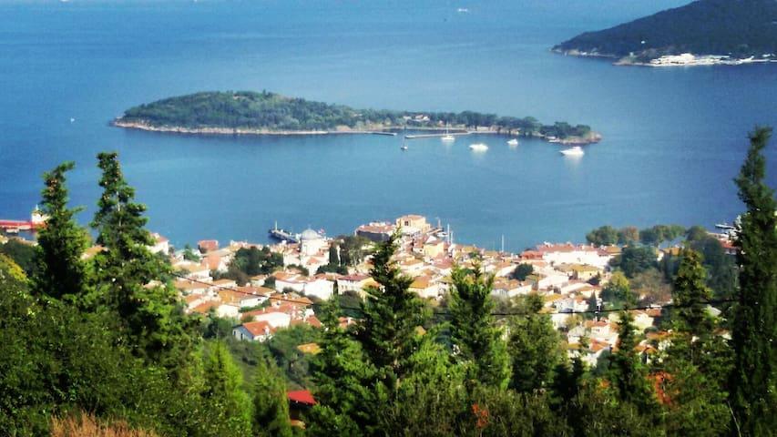Large& bright room, Princess island - İstanbul - Huvila