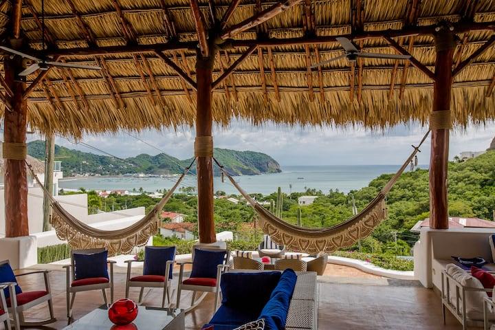 Luxury Villa *25,000 Sq Ft* With Full Staff