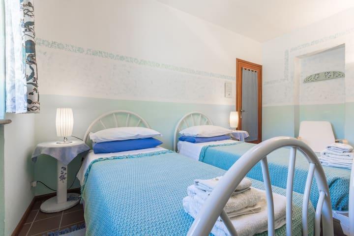 Cascina Ciapilau, camera doppia - Provincia di Asti - Bed & Breakfast