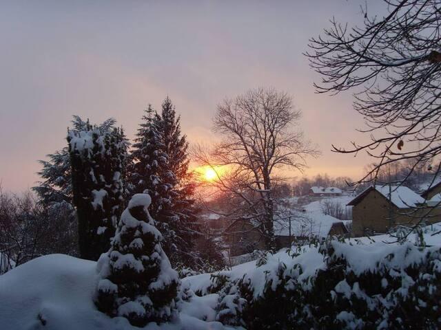 Vue depuis la maison en hiver