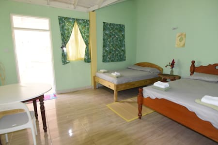 Private en-suite Room, Soufriere Guesthouse