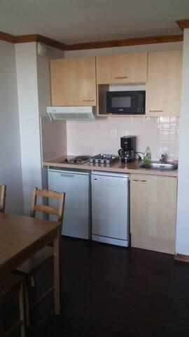2107B Appartement super besse