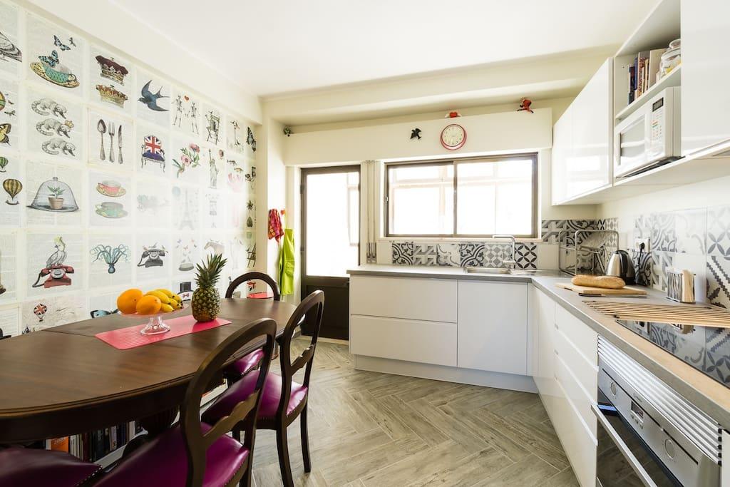 happy and spacious seaview flat wohnungen zur miete in lagos distrikt faro portugal. Black Bedroom Furniture Sets. Home Design Ideas