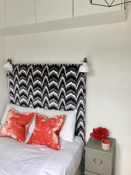 Vibrant colours of the smaller bedroom