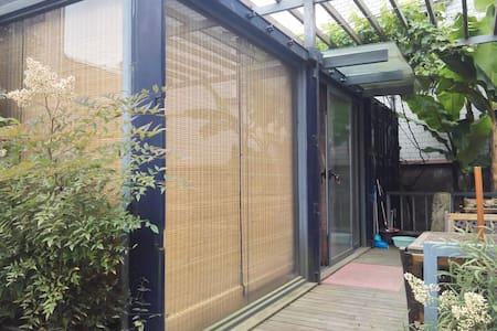 集装箱改造的创意空间 - Hangzhou