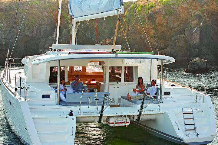 Boat & Breakfast MAUTICAT