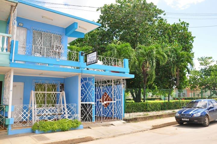 Alojamiento Vista al Parque B&B.Piscina yWifi Hb#4