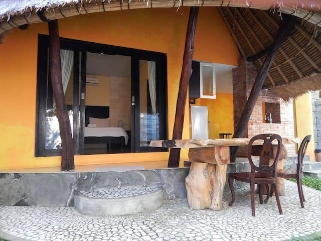 Vidi Villa #6 - Cozy small villa with 1 bedroom - Sukawati - Villa