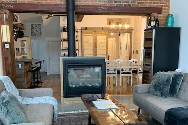 Rosehall Farmhouse-Wellington-Fireplace