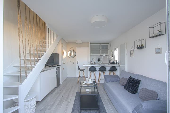 Beautiful bright apartment in the heart of Cabourg