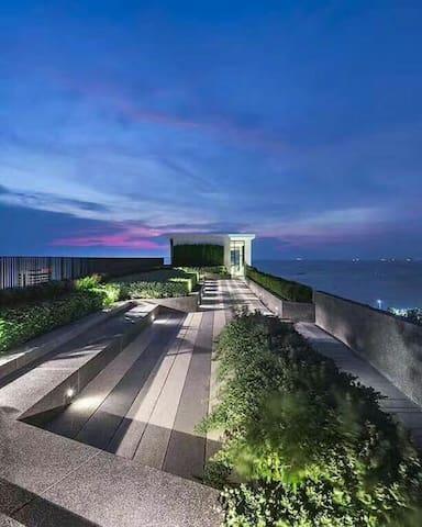 芭堤雅Base高档两居 海景公寓 无边泳池 海滩 步行街 出行居住首选
