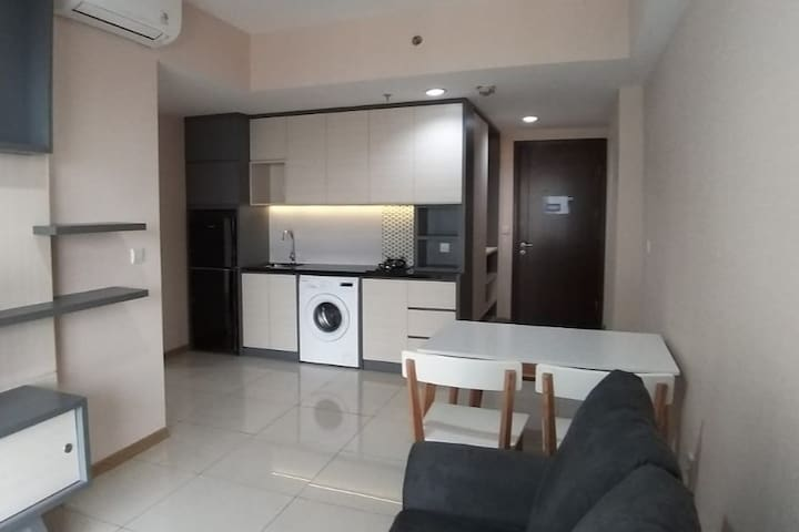Fully Furnished Brand New Kitchen