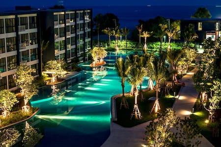 Baan Thew Talay Beach Front !!! - Cha-am - Lägenhet