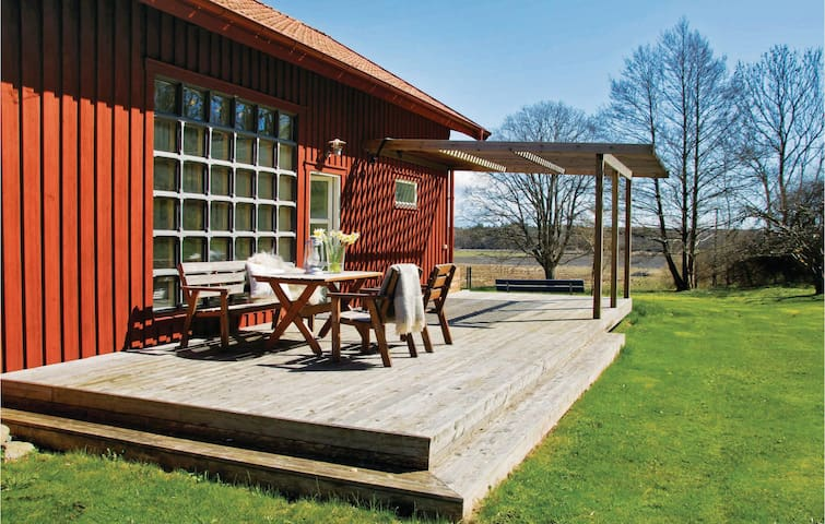 Holiday cottage with 2 bedrooms on 90 m² in Onsala
