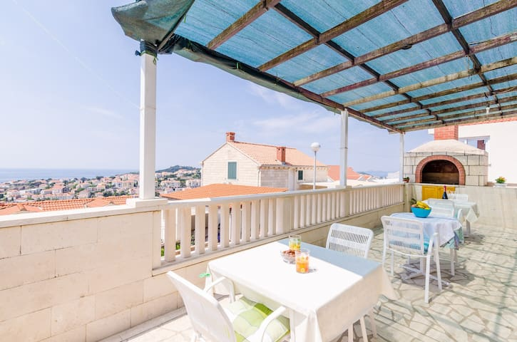 Rooms Nikola- Double Room with Terrace and Sea View