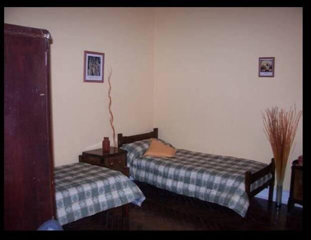 Reb Hostel - San Telmo