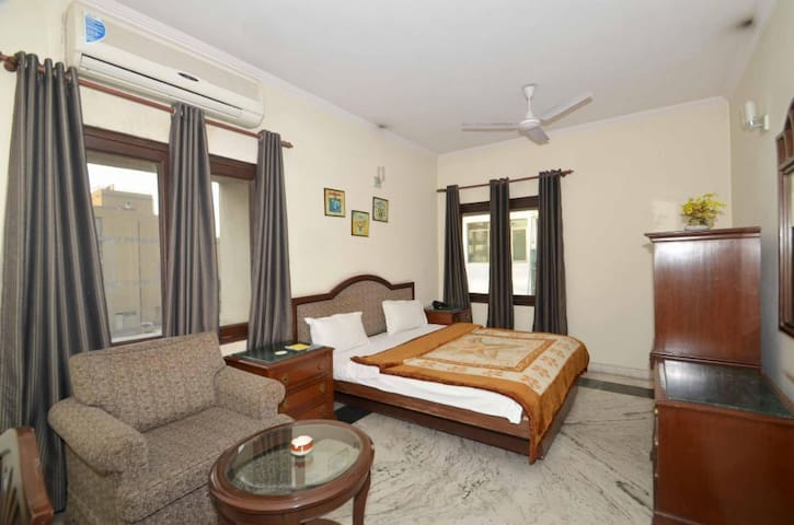 Private Room in New Delhi