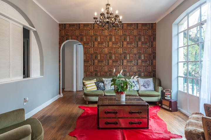 Historical in Polanquito 2br 2 balconies