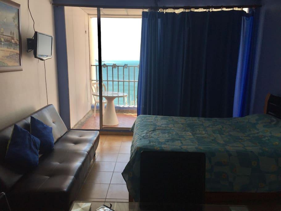 Vista al mar desde el apartamento.