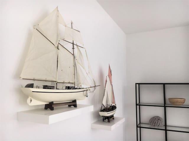 Scheveningen Fisherman's House - beamer & garden