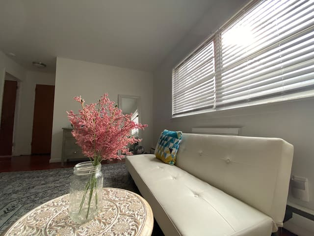 Relaxing Jersey Garden 1BR Apt (close to NYC!)