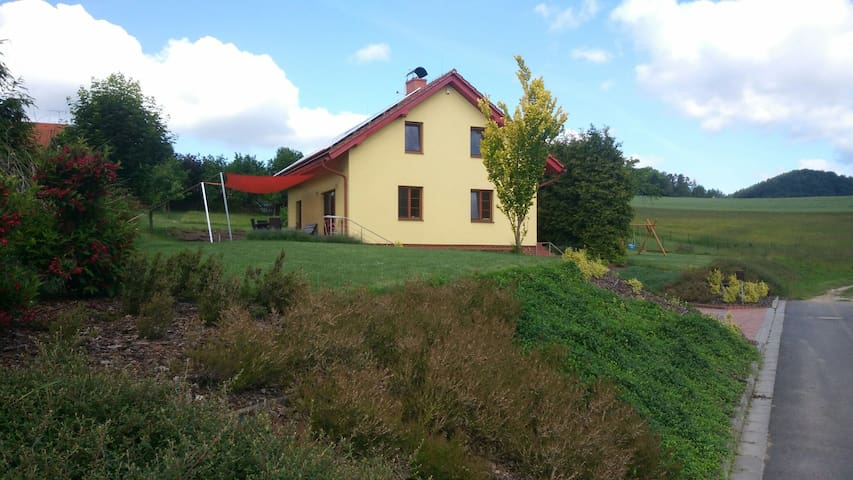 Discover the beautiful countryside (B&B)