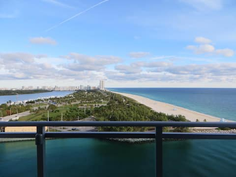 Waterfront Studio Apartment at 5* Hotel Property