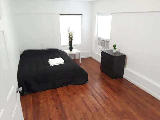 Comfortable Private room, Hollywood beach 10min v
