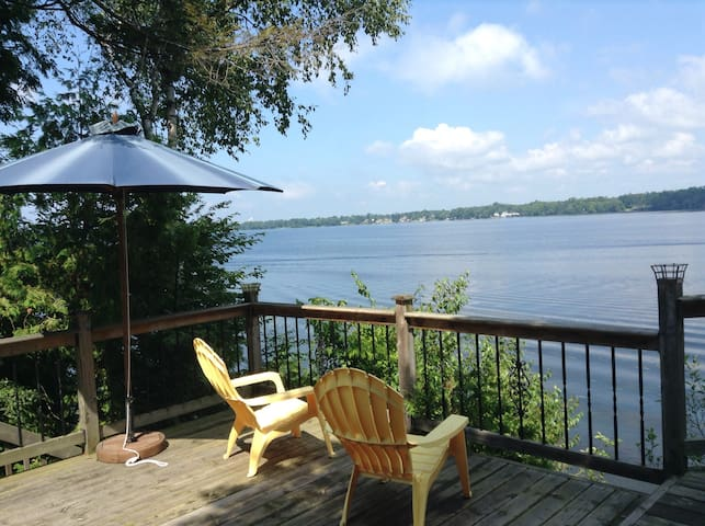 Charming Waterfront Home - Consecon - Ev