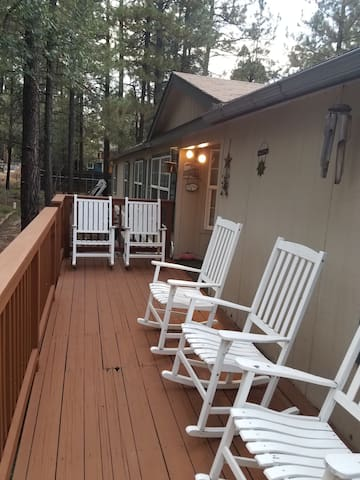 Entire home to relax among the pines
