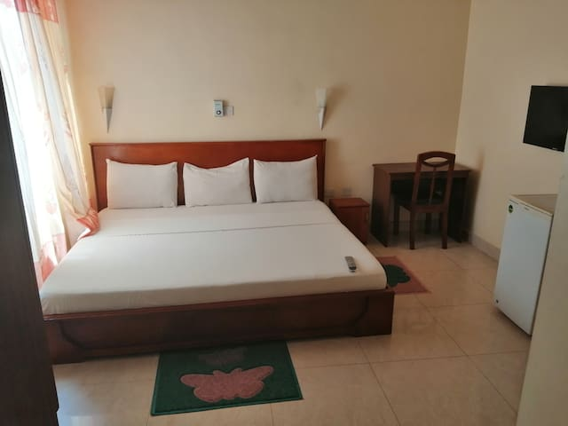 Karlwus Guest house is serene and guest friendly
