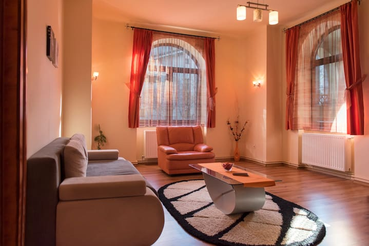 Holiday Home in Old Town Brasov - Warthe House
