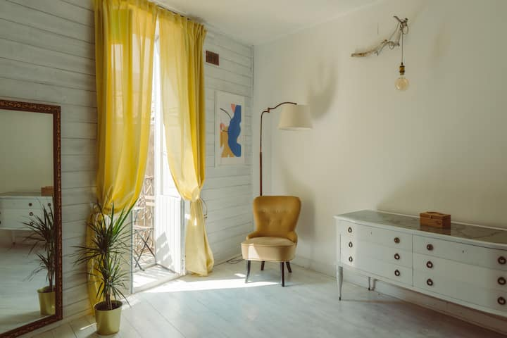 Ortigia Art Apartment & Shared Terrace