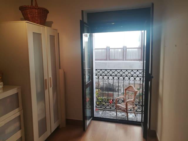 San Juan Bedarrak - Habitacion privada con balcon