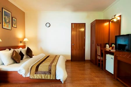 Suite Stay Package with All Meal and Entertainment - Gurgaon