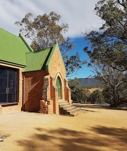 NEW - Beautiful Converted Church Retreat