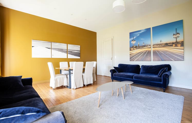 T33-Magnificent T3 of charm in Quinconces for 4 people