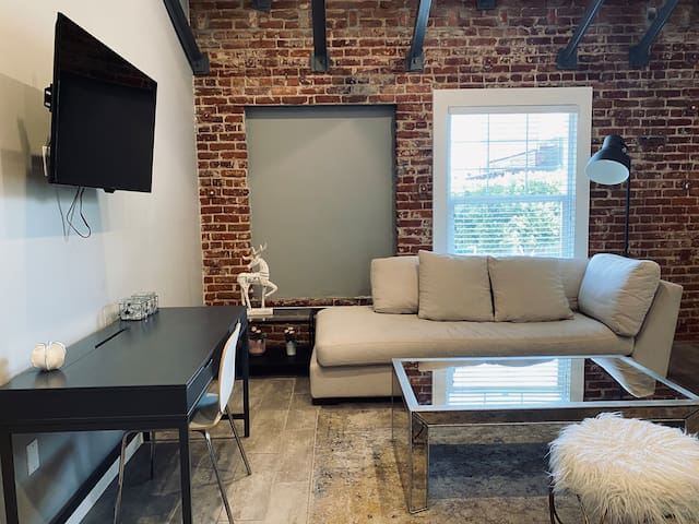 Brick wall studio loft in Hollywood