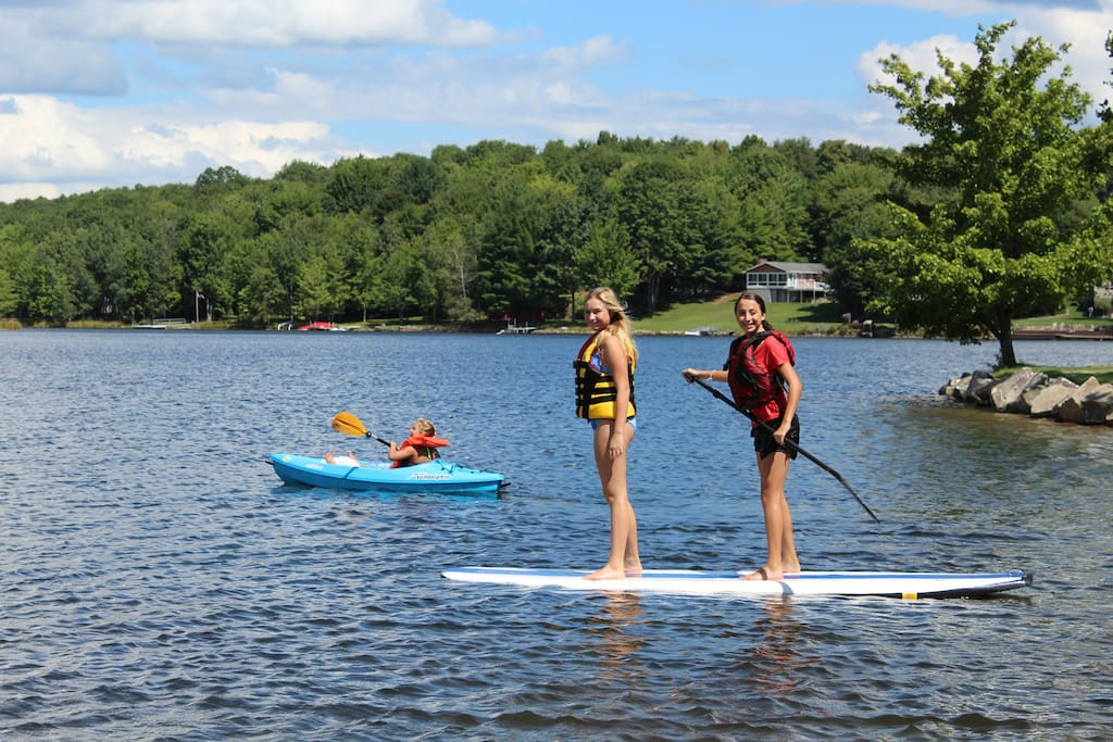 Lake toys for our guests to enjoy, try the SUP and kayaks.