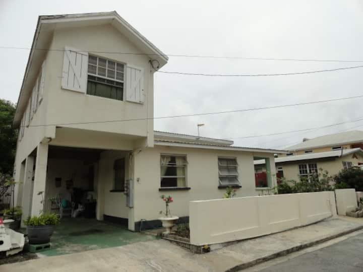 Fairways Gardens 1-Bedroom Apartment